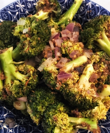 Broccoli with olive and garlic finished dish